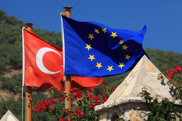 Ammiraglio Giuseppe De Giorgi - Europa-Turchia: una situazione spinosa